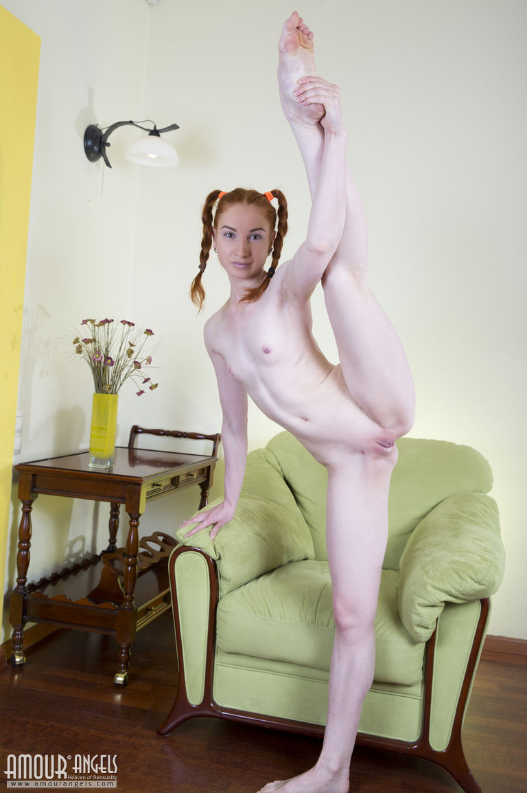 small body naked female